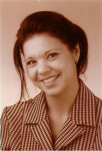 Female Butler_House Manager_PA_Carmen
