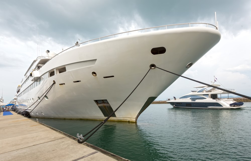 Female Butler/Interior Manager Needed For a Super Yacht - butlerforyou.com